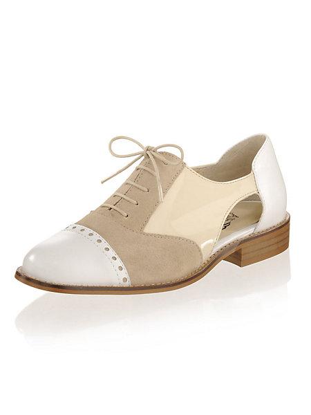 Туфли на шнурках женские