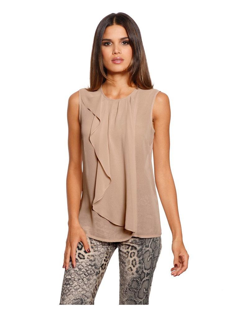 Наибольшим разнообразием, без сомнения, обладает категория женских летних блузок